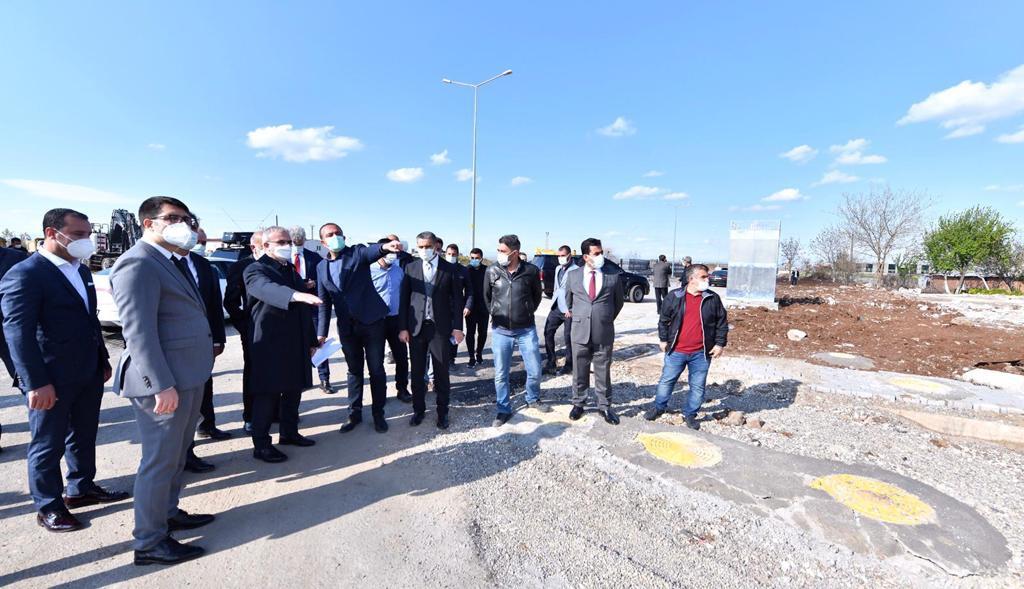 Sayın Valimiz Münir Karaloğlu Tekstil İhtisas OSB alanında incelemelerde bulundu.
